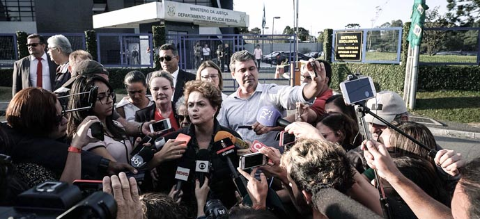 Dilma coletiva prisão lula