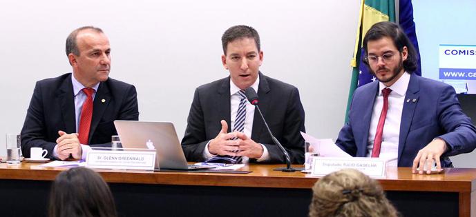 Glenn Greenwald camara