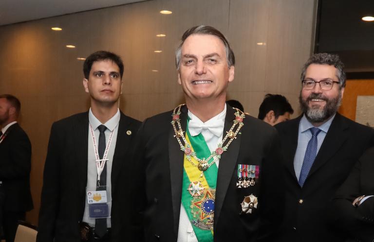 bolso faixa e medalhas