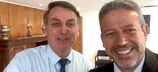 Bolsonaro e Arthur Lira centrão