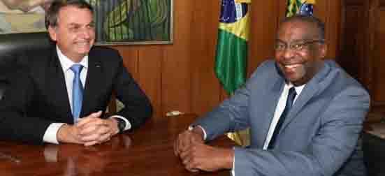 Bolsonaro e Carlos Decotelli ministro da Educação